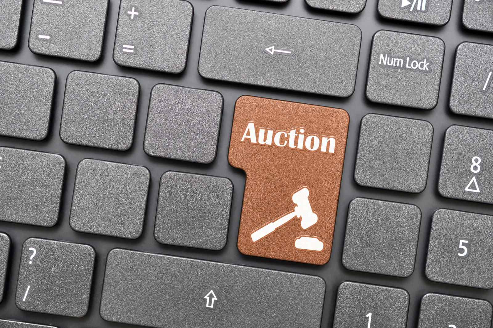 Keyboard Auction | GoDaddy Auctions: How To Buy & Sell The Right Domain