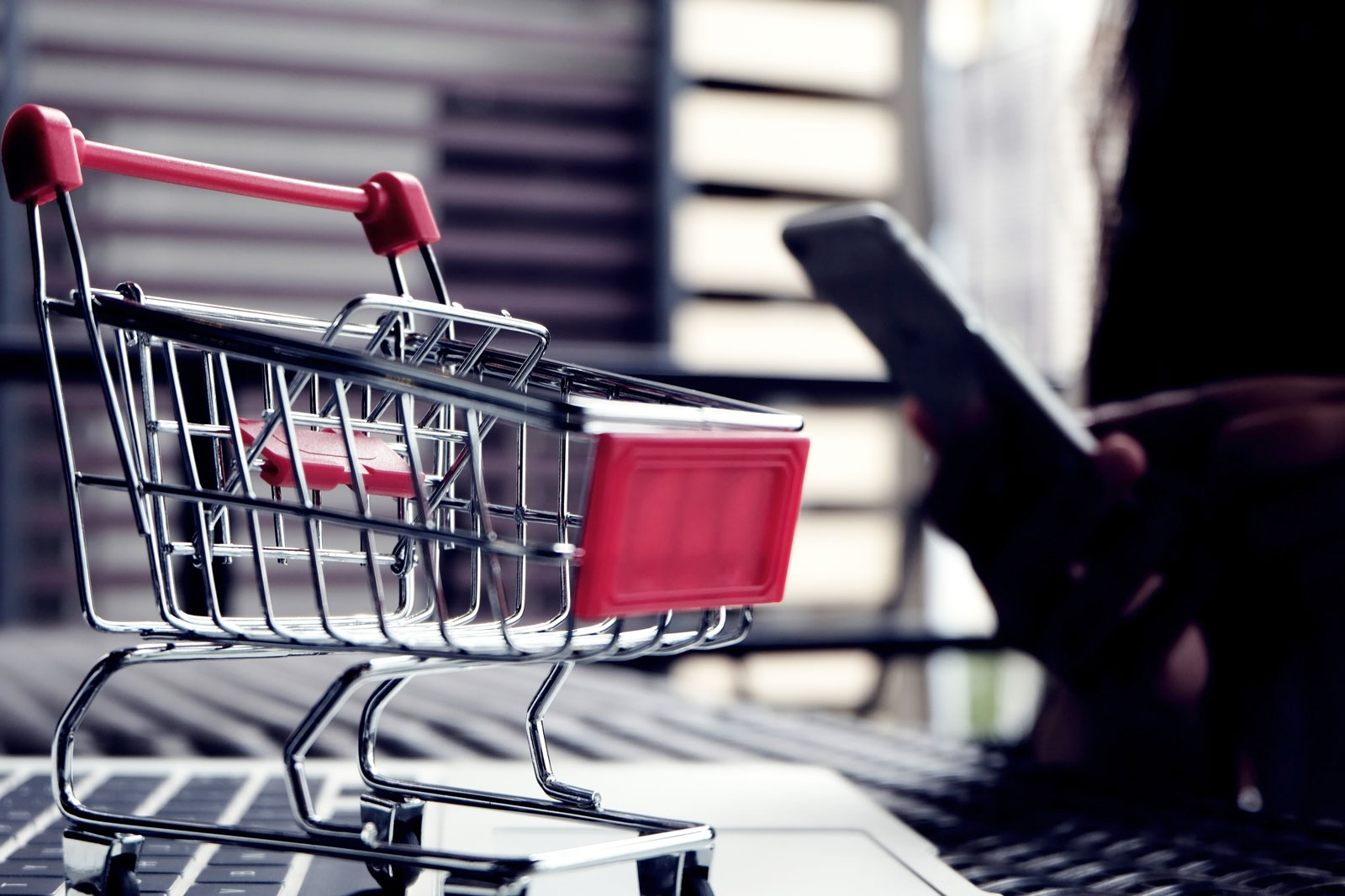 Shopping Cart   5 Free Email Marketing Services For Businesses On A Budget