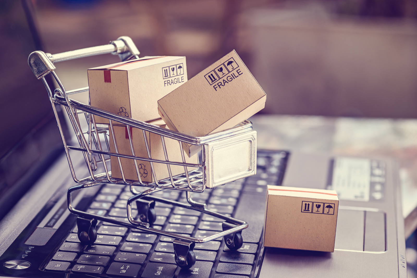 Grocery Cart with Boxes | What is Ecommerce? A Beginner's Guide To The Basics